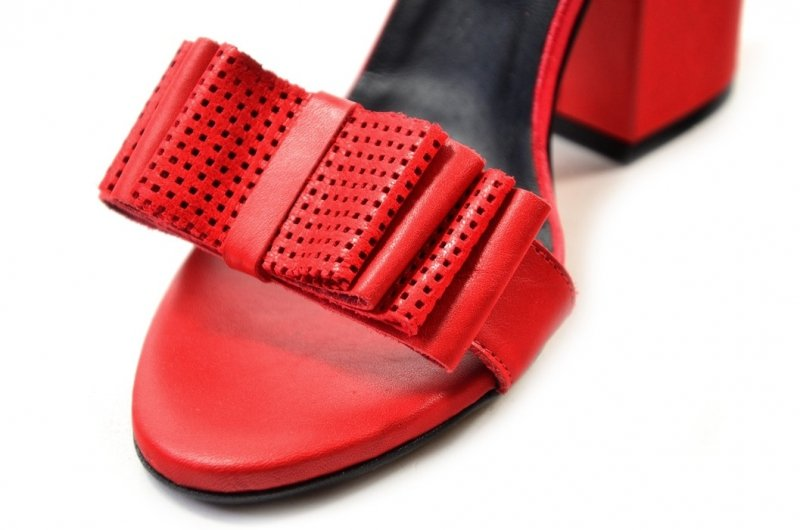 Sandałki 39 słupek ROBSON skóra 2233 czerwone
