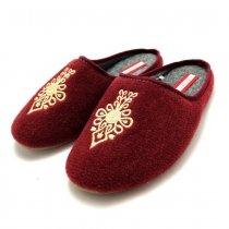 Kapcie domowe damskie haftowane Slippers Family