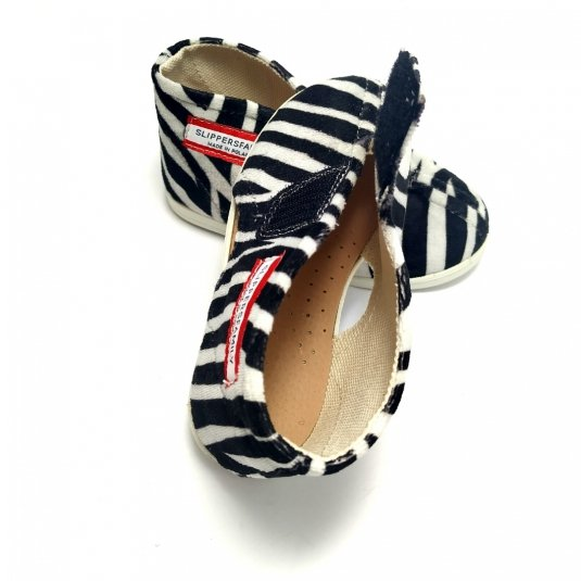Kapcie dla dzieci na rzep NATURE Zebra