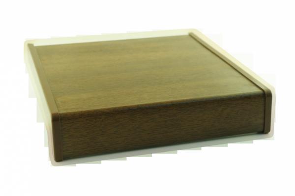 Parapet wewnętrzny plastikowy PCV orzech 300mm 1mb