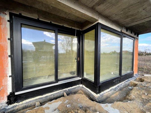 Taśma EPDM Pełny klej 15cm/20m folia membrana okna