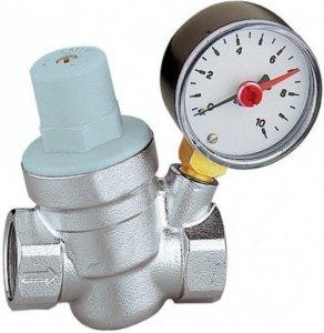 Reduktor ciśnienia wody 3/4 z manometrem