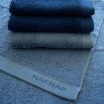Ręcznik NAF NAF - Casual - niebieski