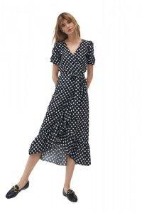 Kopertowa sukienka w stylu boho w urocze grochy - S181