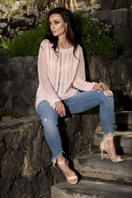 Modny ażurowy sweter LS201 pudrowy róż