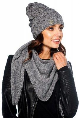 Komplet czapka i szalik o kroju chusty LC110 jasnoszary
