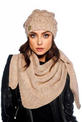 Komplet czapka i szalik o kroju chusty LC110 kamel