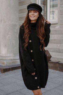Swetrowa sukienka z golfem i guzikami LS304 czarny