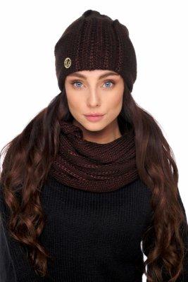 Elegancki komplet czapka i komin z wełną LC130 brązowy