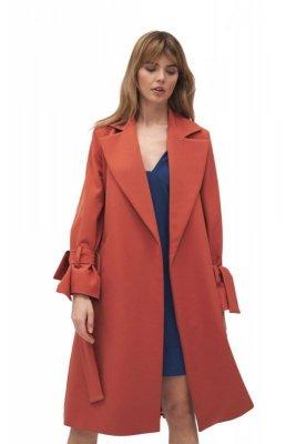 Mahoniowy płaszcz z wiązanymi rękawami - PL13