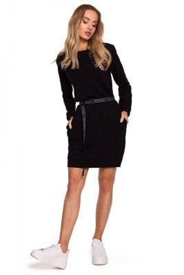 M590 Sukienka z regulowanym paskiem - czarna