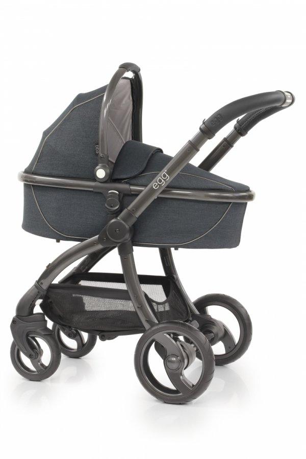 Kombikinderwagen EGG Stroller   Babywanne + Sportsitz +Alu-Gestell   + Becherhalter &  Sitzauflage gratis   Carbon Grey