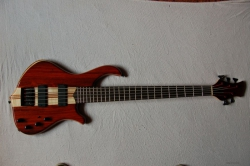 BASS KAMA BS GUITARS