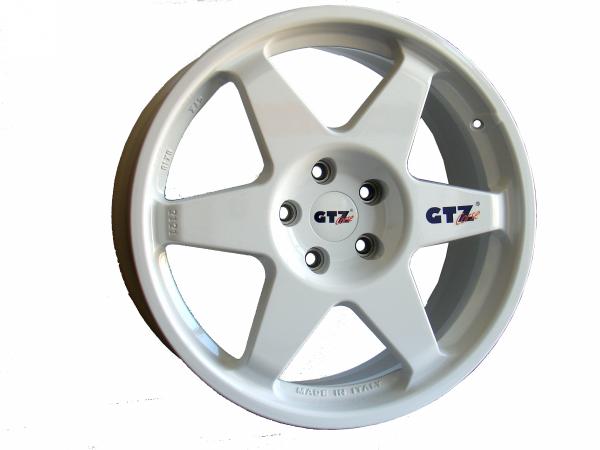 Felga GTZ Corse 8x18 2121 HONDA 5x114,3 (replika SPEEDLINE Corse 2013)
