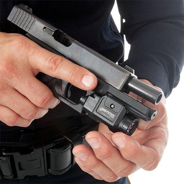 Latarka podlufowa do broni krótkiej NightStick TCM-550XLS