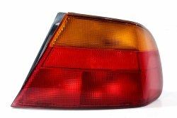 Lampa tył prawa Mitsubishi Carisma DA1A 1995-1999 sedan