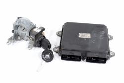 Komputer silnika stacyjka moduł Mitsubishi Colt Z30 2005 1.3i 16V 4A90