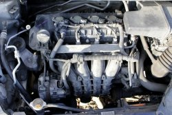 Przepustnica Mitsubishi Colt Z30 2005 1.3i 4A90