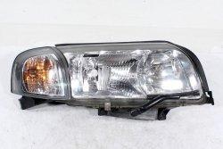 Reflektor prawy Volvo S80 2003