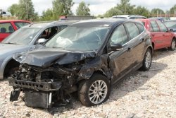 Szyba drzwi przód lewa Ford Focus MK3 2011 5D