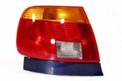 Lampa tył lewa Audi A4 B5 1995-1998 Sedan