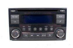 Radio oryginał Nissan Juke 2012