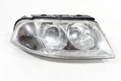 Reflektor prawy VW Passat B5 1996-2005
