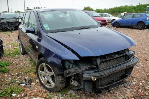 Fiat Stilo 2002 1.9JTD 192A1000 Hatchback 5-drzwi