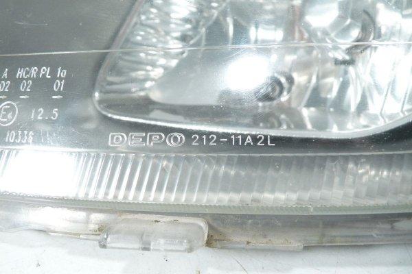 Reflektor przód lewy Toyota Yaris I 2000 (TYP ICHIKO)