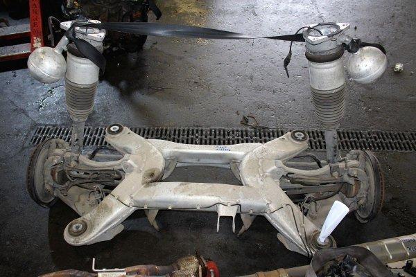 Amortyzator tył lewy VW Phaeton GP3 2011 4.2 V8 4Motion