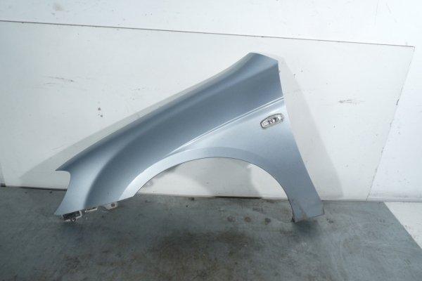 Błotnik przód lewy Kia Cerato 2005 Hatchback 5-drzwi