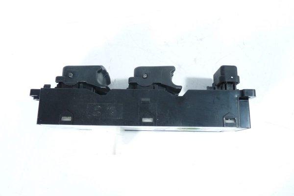 Przełącznik szyb Hyundai i20 2009