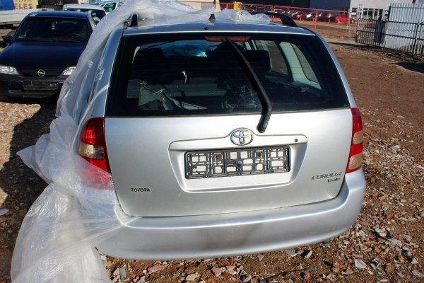 Drzwi tył prawe Toyota Corolla E12 2006 Kombi (Kod lakieru: 1C0)