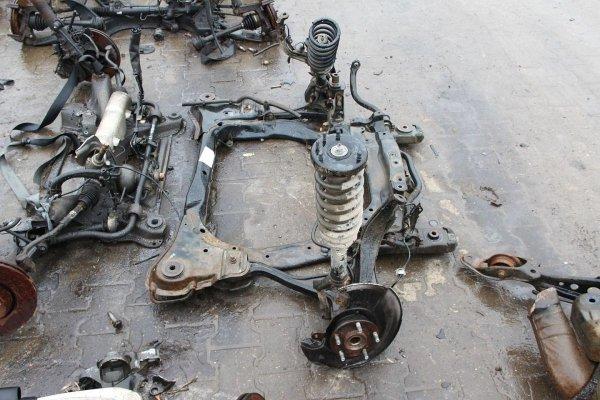 Zwrotnica przód lewa Honda Accord VII 2006 2.2D N22A1 Kombi