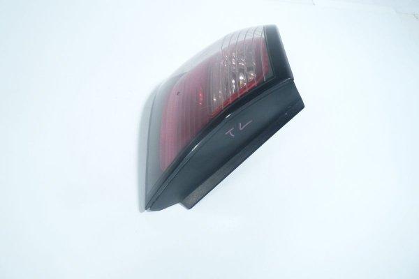 Lampa tył lewa Nissan Primera P11 1999-2002 Hatchback 5-drzwi