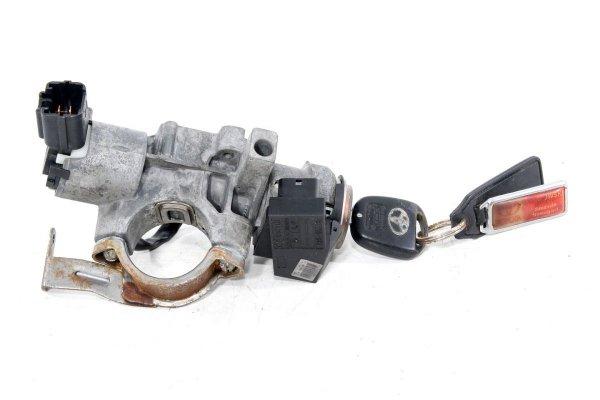 Stacyjka kluczyk - Toyota - Avensis - zdjęcie 3