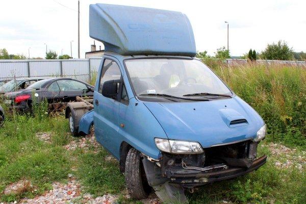 Hyundai H1 2004 2.5D D4BH