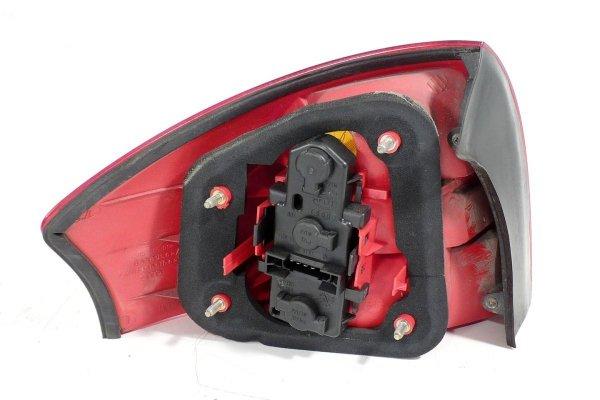 Lampa tył prawa - Audi - A6 - zdjęcie 5