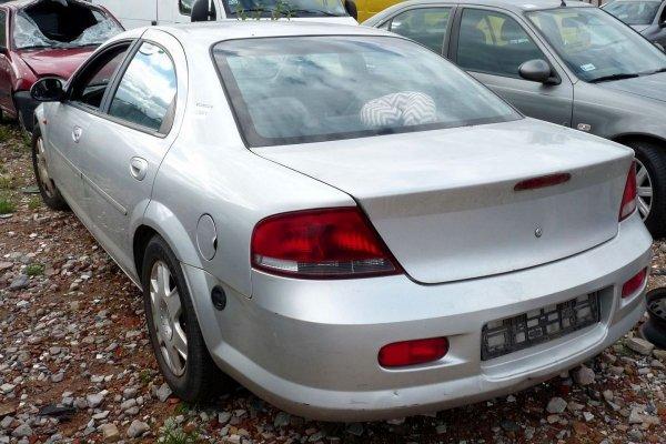 Drzwi przód lewe Chrysler Sebring 2002 2.0i Sedan (kod lakieru: PS2)