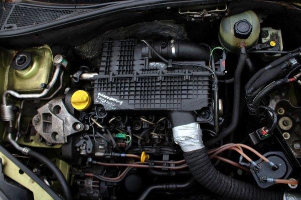 Silnik Renault Kangoo 2004 1.5DCI K9K704