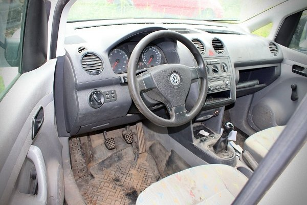 VW Caddy 2K 2007 2.0i BSX