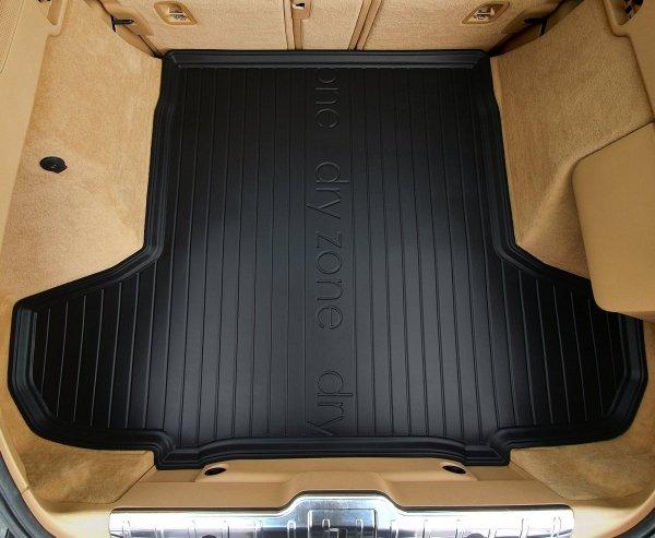 Mata bagażnika KIA Proceed od 2018 wersja z bocznymi wnękami, bez subwoofer