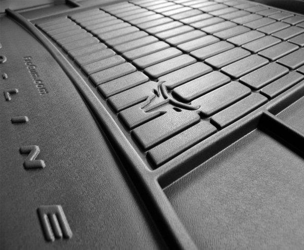 Mata bagażnika gumowa KIA Carens IV od 2013 wersja 7 osobowa ( ostatni rząd siedzeń rozłożony )