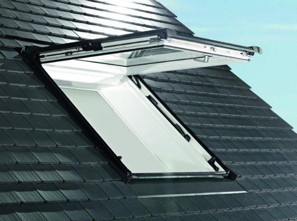 Dachfenster Roto Designo R89G K WD Klapp-Schwingfenster aus Kunststoff blueTec mit Wärmedämmblock www.house-4u.eu