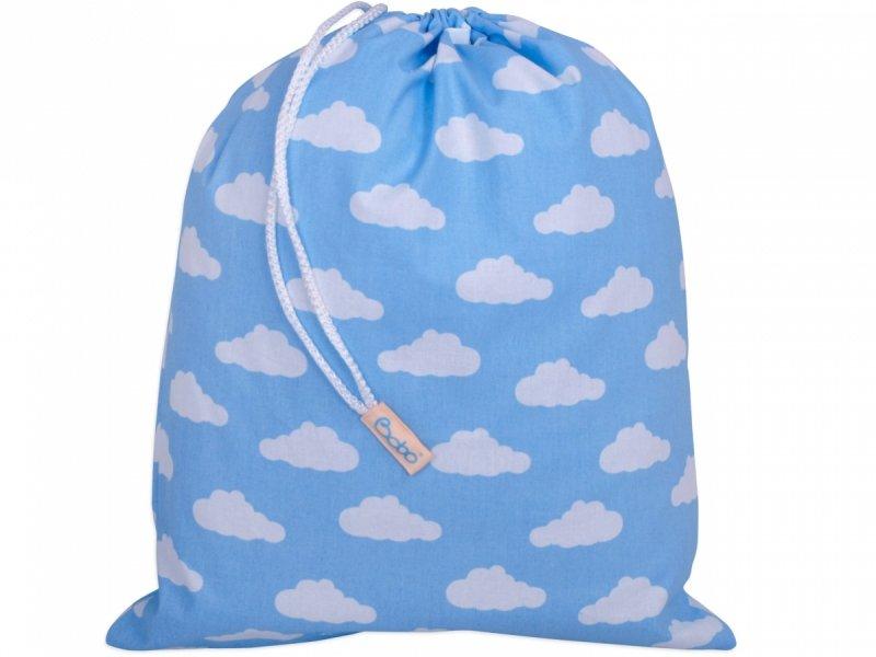 Worek na buty błękitny w chmurki