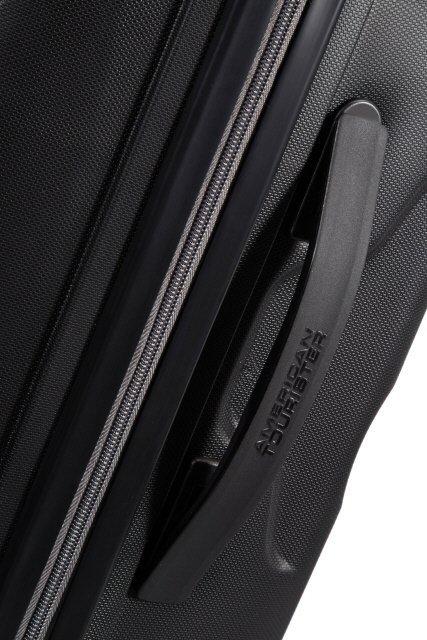 Bagaż z boku posiada uchwyt
