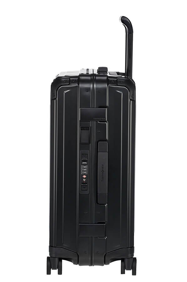 Bagaż posiada zamek szyfrowy z systemem TSA , boczny uchwyt