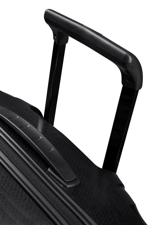 Bagaż posiada podwójny stelaż
