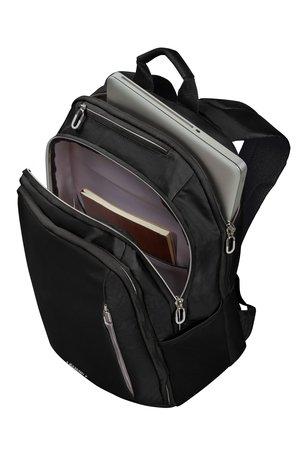 """Plecak posiada miejsce na laptopa 15,6"""" kieszeń główną i zewnętrzne kieszenie"""