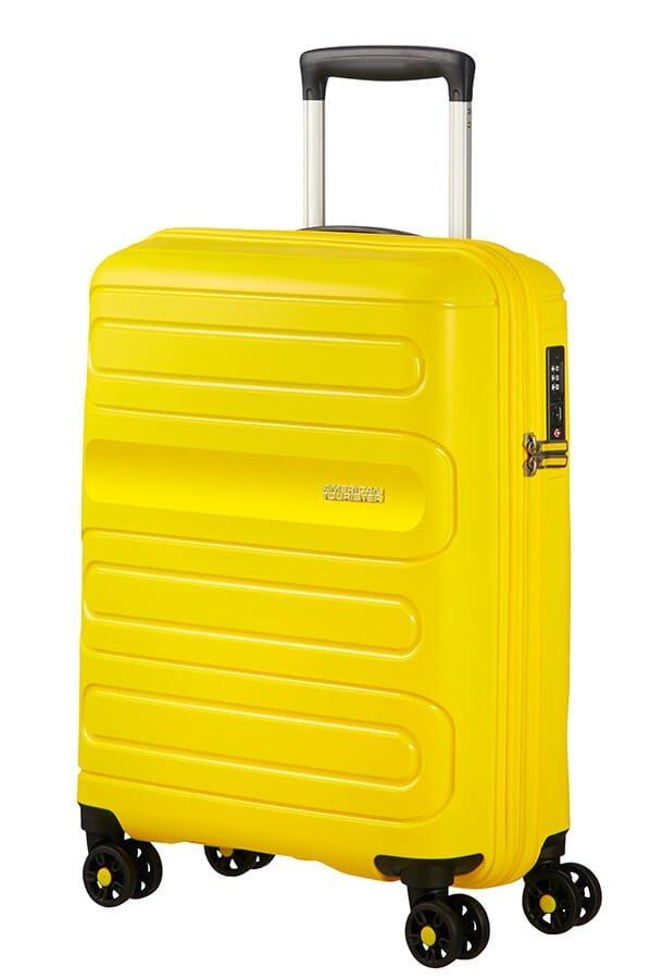 Bagaż podreczny Sunside na czterech obrotowych kołach. Bagaż posiada zamek szyfrowy TSA
